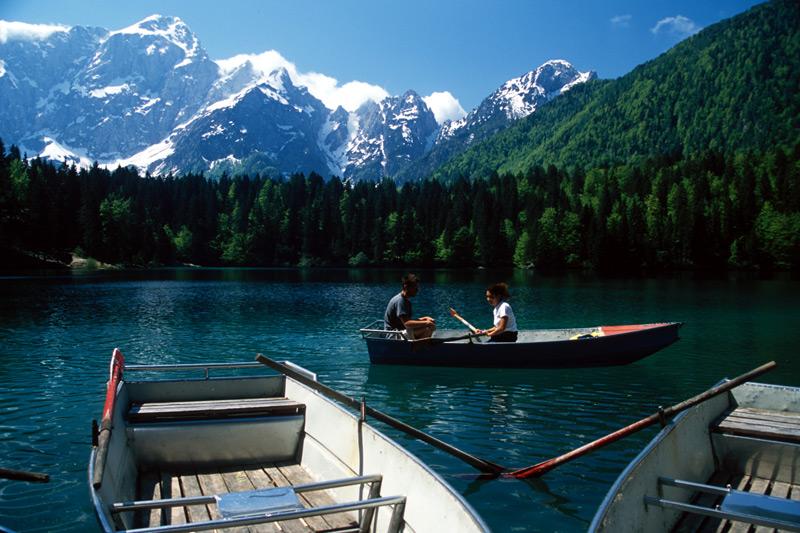 jezioro-w-Alpach-Julijskich
