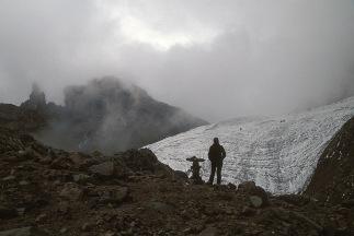 mini_Lewis-Glacier_210p
