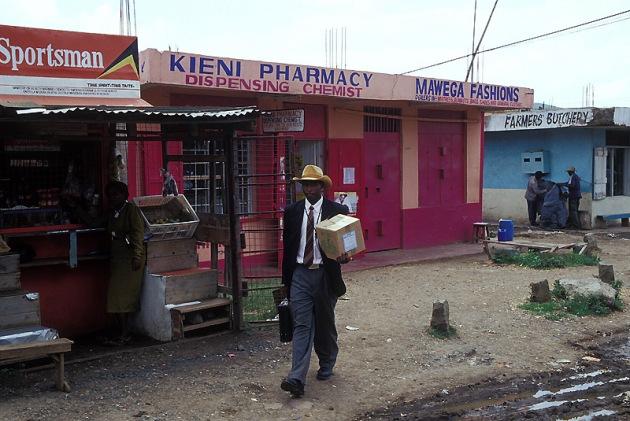 Shopping_Kenia_160p