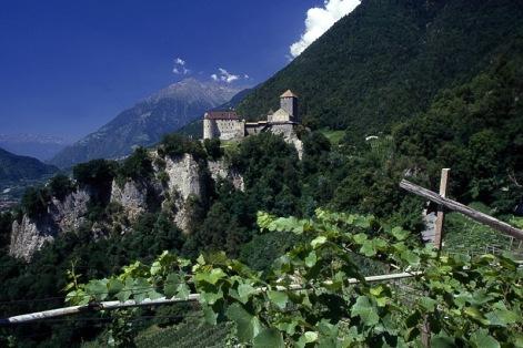 Tirol-Castle_081p