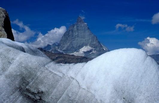 Północna ściana Matterhornu widoczna ze szlaku na Monte Rosa, fot. Paweł Wroński
