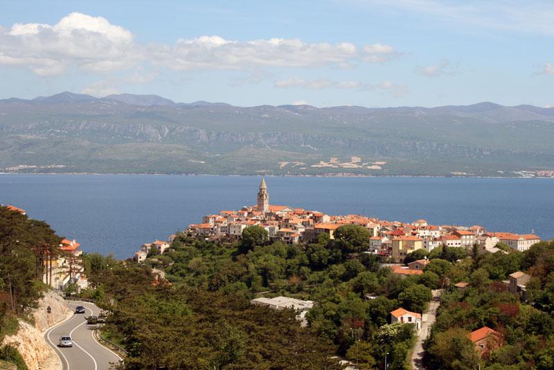 Vrbnik jest malowniczo położony na wschodnim wybrzeżu Istrii, fot. Paweł Wroński