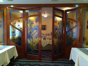"""Hotel """"Waldinger"""" w Osijeku, bufet sali konferencyjnej na piętrze, fot. Paweł Wroński"""