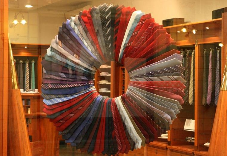 Sklep z krawatami. Chorwatów rozpiera duma, bo rekwizyt z ich stroju narodowego przyjął się na całym świecie; fot. Paweł Wronski