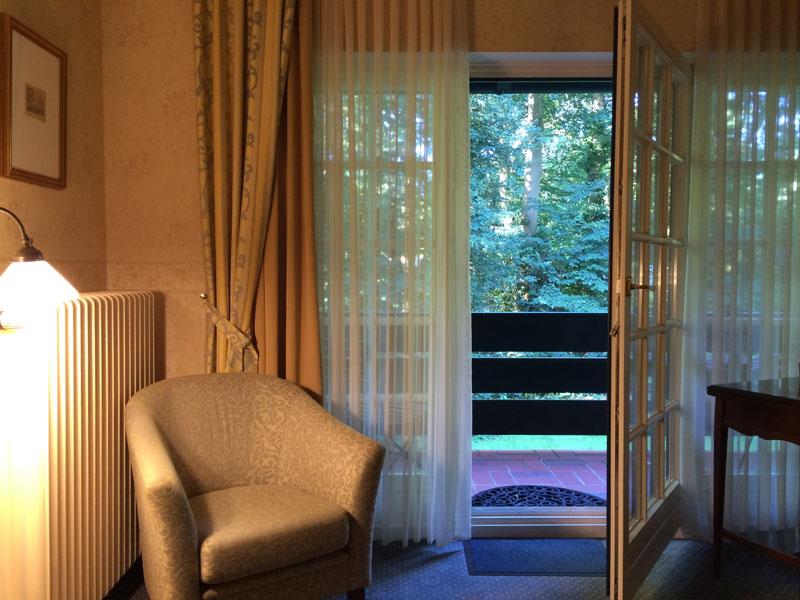 Cichy, przytulny Hotel Buchenhof, widok z okna, fot. Paweł Wroński