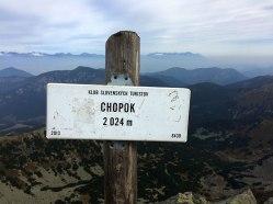 Na szczycie Chopoka, w oddali Tatry, fot. Paweł Wroński
