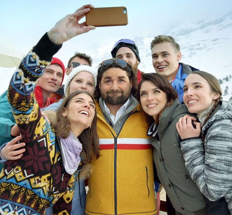 Bruno gwiazdą sieci, Print Screen z zameiszczonego w tekście firmu reklamowego Switzerland Tourism