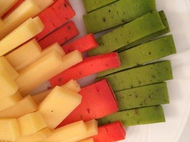 Sery barwione naturalnymi dodatkami, jak choćby ten zielony - szpinakiem, fot. Paweł Wroński