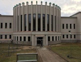 Centralna część gmachu Narodowej Galerii Sztuki w Kownie, fot. Paweł Wroński