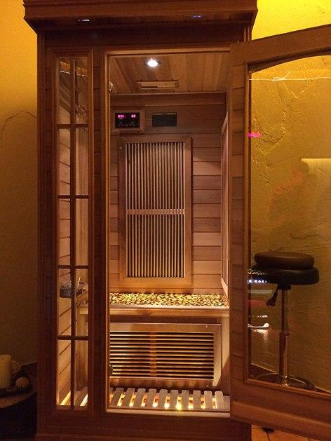Druskienniki dla zdrowia, bursztynowa sauna w jednym z druskiennickich SPA, fot. Paweł Wroński