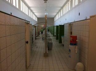 Druskienniki dla zdrowia, po lewej stronie kąpiele, po prawej zabiegi borowinowe, fot. Paweł Wroński