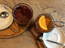 Cała nadzieja w herbacie :) Green Caffè Nero, Francuska 35 w Warszawie (http://www.greencaffenero.pl/kawiarnie/), fot. Paweł Wroński