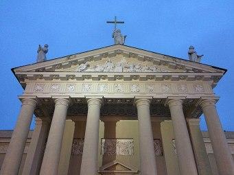 Szczytowa fasada katedry wileńskiej, fot. Paweł Wroński