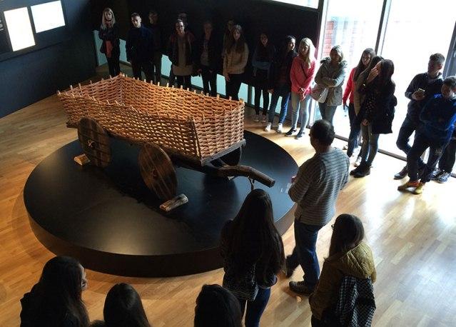 Znaleziska dowodzą, że ludzie z okresu vučedolskiej kultury używali koła. Tak mógł wyglądać najstarszy znany póki co wóz na czterech kołach. Fot. Paweł Wroński