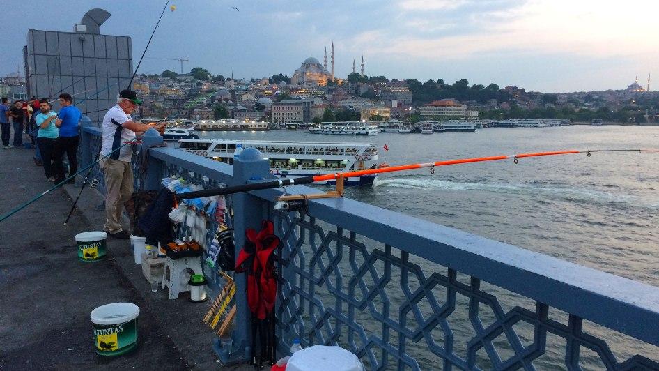 Meczet Sulejmana z mostu przerzuconego przez Złoty Róg, fot. Paweł Wroński