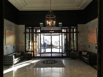 Hotelowy hall w Bristolu, fot. Paweł Wroński