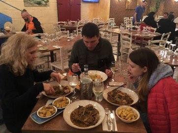 """Mġarr, Restauracja """"United"""" - tutaj podają ponoć najlepszego królika w potrawce na całej Malcie, fot. Paweł Wroński"""