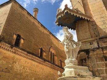 Jak we wszystkich maltańskich miejscowościach święci patronują ulicom i budynkom Mdiny, fot. Paweł Wroński