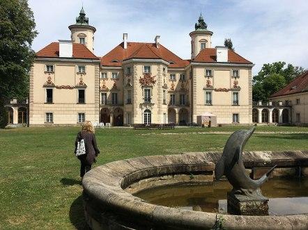 Otoczony parkiem pałac w Otwocku Wielkim, fot. Paweł Wroński