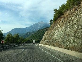 W drodze do Ogni CHimery - widok na szczyt Tahtalı Dağı (2366 m), fot. Paweł Wroński