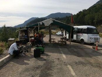 Z tego miejsca do Çıralı kursują dolmusze (tur. dolmuş), fot. Paweł Wroński