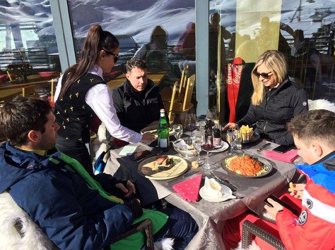 Obiad w restauracji Alpenhaus - Mountain VIP Club, fot. Paweł Wroński
