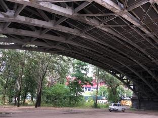 Pod Mostem Poniatowskiego, fot. Paweł Wroński