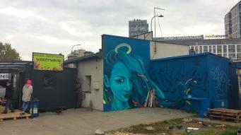 Murale z Kobietą na Wiatraku w Warszawie, fot. Paweł Wroński